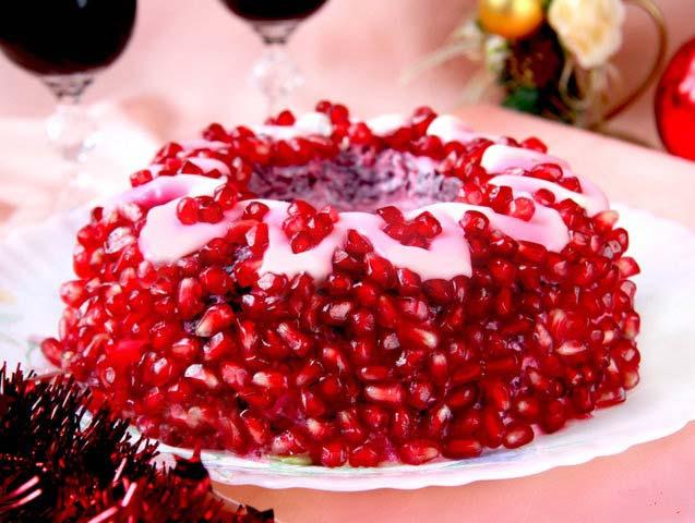 Салат селедка под шубой, пошаговый рецепт на Новый год.