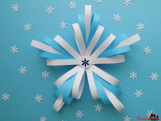 Вариант снежинки из бумажных полос