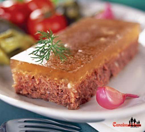 Холодец - традиционное русское блюдо