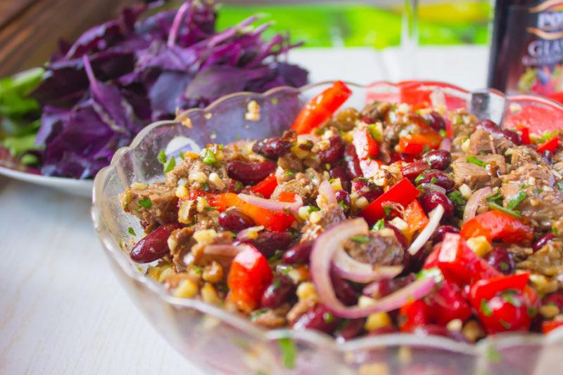 Салат тбилиси с красной фасолью куриной