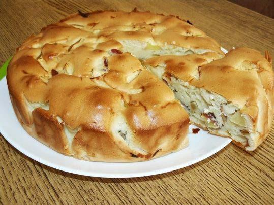 Рецепт шарлотки на кефире с яблоками в духовке с фото пошагово